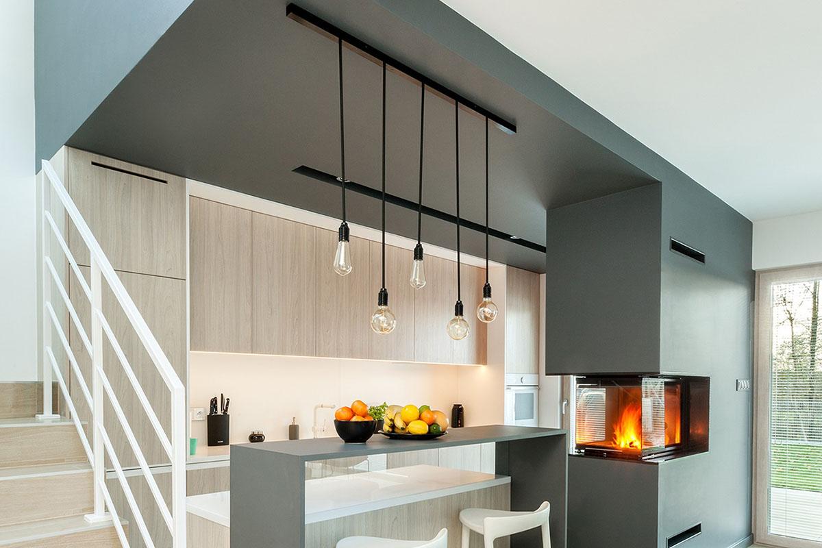 Czarna lampa do kuchni na 5 sznurów